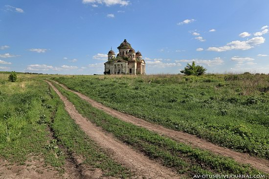 Abandoned church, Pyatino village, Russia, photo 17