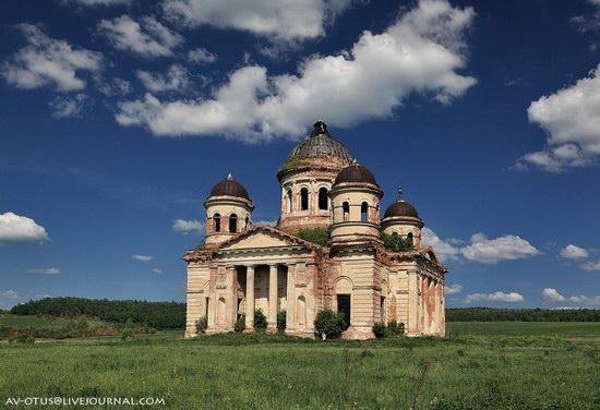 Abandoned church, Pyatino village, Russia, photo 4