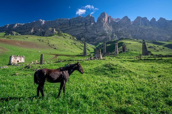 Majestic landscapes of the mountain Ingushetia, Russia, photo 1