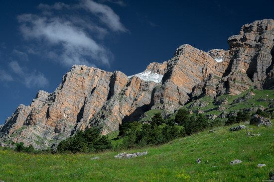 Majestic landscapes of the mountain Ingushetia, Russia, photo 6