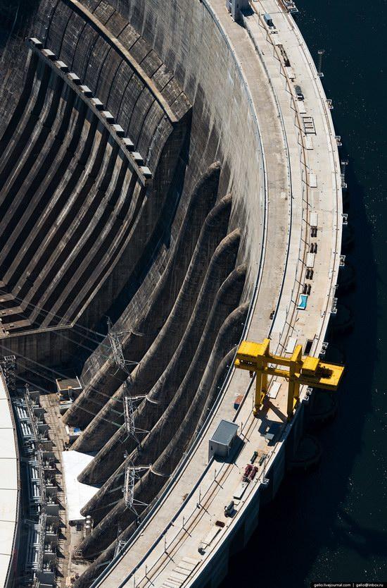 Sayano-Shushenskaya hydropower station, Russia, photo 4