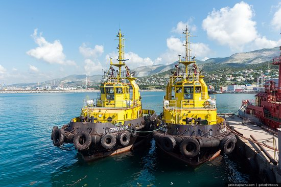 Novorossiysk sea port, Russia, photo 5