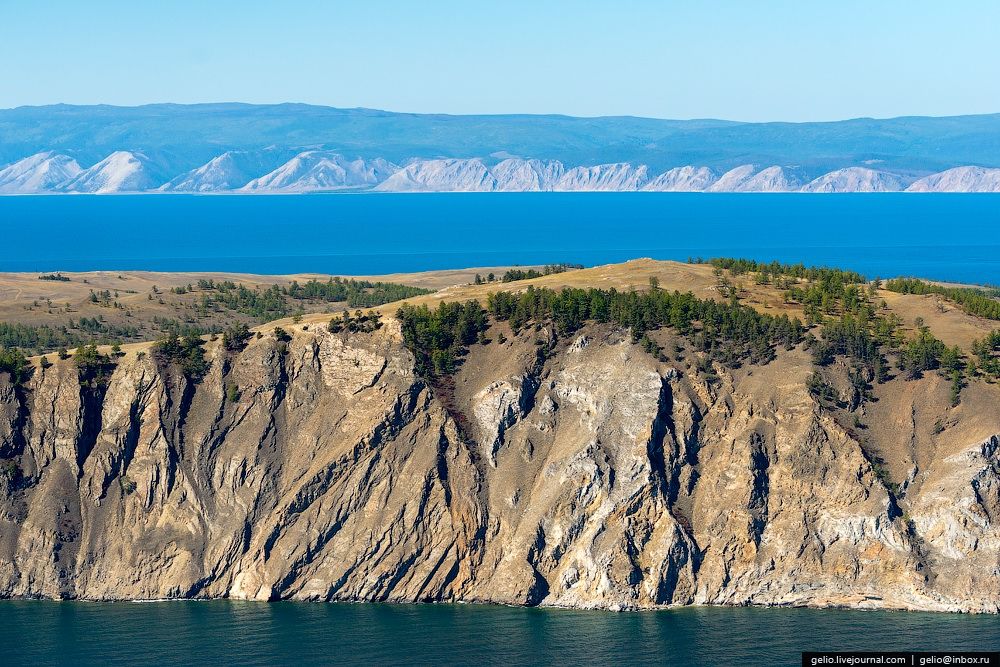 Let's fly a helicopter over Lake Baikal · Russia travel blog - photo#7