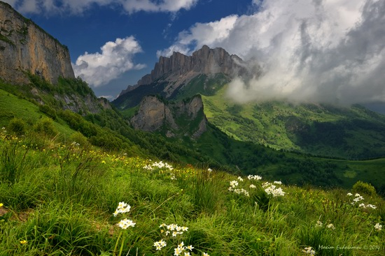 The beauty of the mountainous Adygea, Russia, photo 9