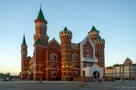 Two castles of Yoshkar-Ola, Russia, photo 3