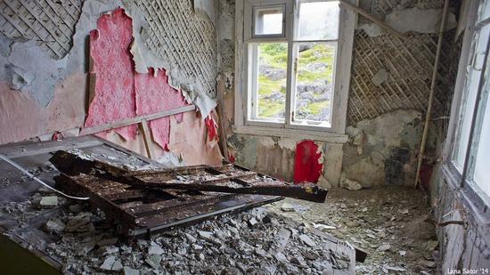 Abandoned Base of Murmansk Marine Biological Institute, Russia, photo 21