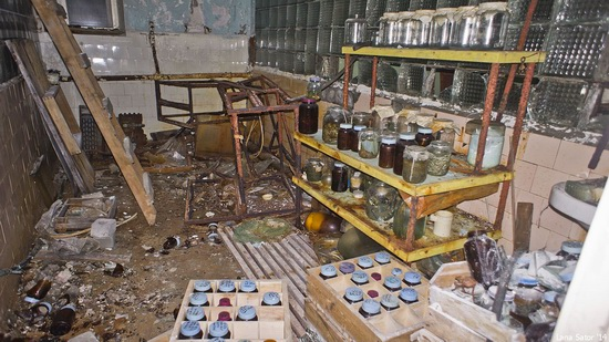 Abandoned Base of Murmansk Marine Biological Institute, Russia, photo 24