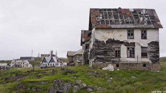 Abandoned Base of Murmansk Marine Biological Institute, Russia, photo 3