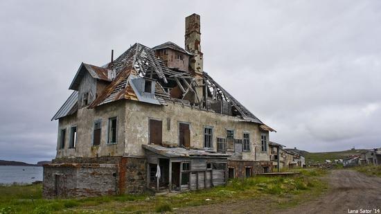 Abandoned Base of Murmansk Marine Biological Institute, Russia, photo 9