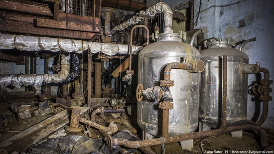 Abandoned nuclear heating plant in Nizhny Novgorod, Russia, photo 7