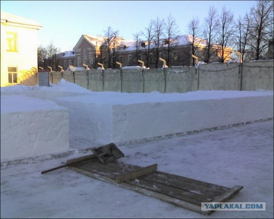 Square snowdrifts, the army of Russia, photo 2