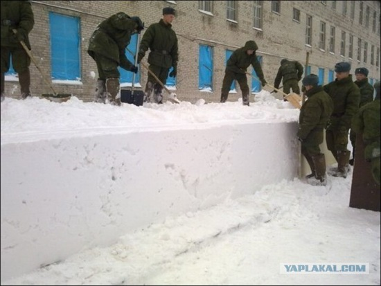 Square snowdrifts, the army of Russia, photo 3