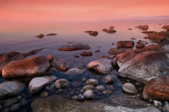 One evening on the shore of Lake Baikal, Russia, photo 4