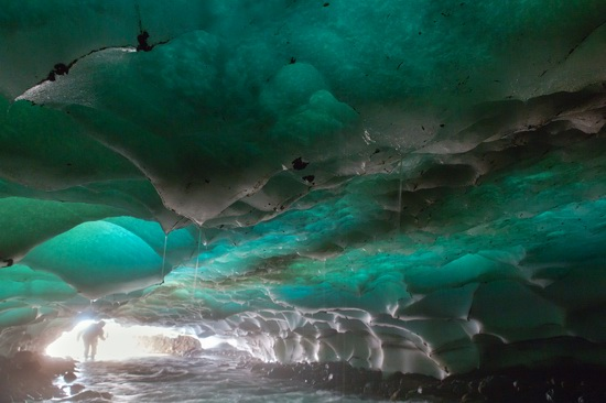 Snow caves, Kamchatka, Russia, photo 4
