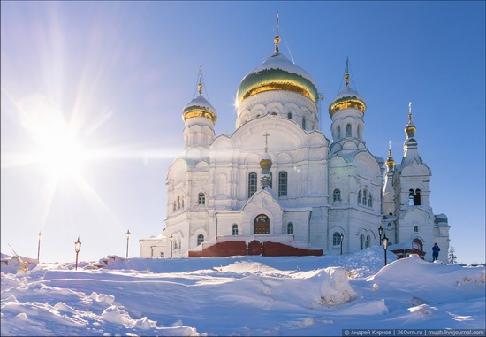 Winter in Belogorskiy monastery, Perm region, Russia, photo 1