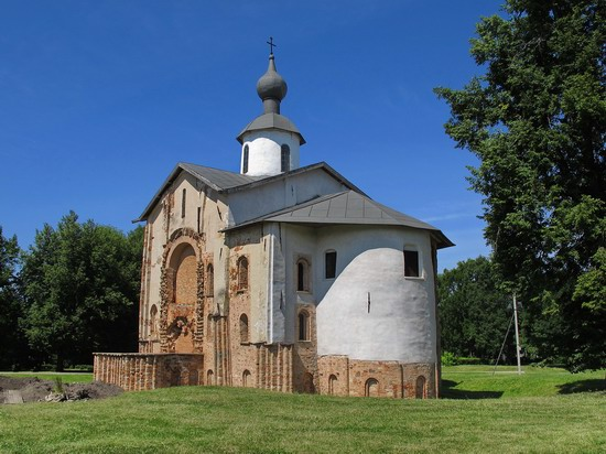 Ancient monuments in Veliky Novgorod, Russia, photo 7