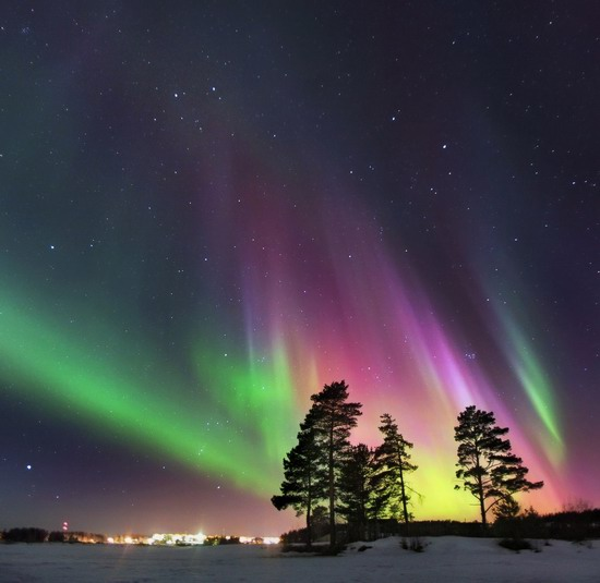 Multicolored aurora borealis, Sverdlovsk region, Russia, photo 5
