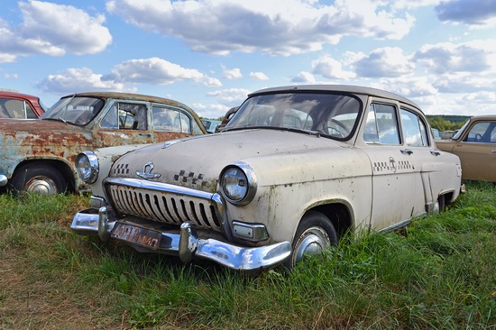 Open-air museum of Soviet cars in Chernousovo, Russia, photo 12