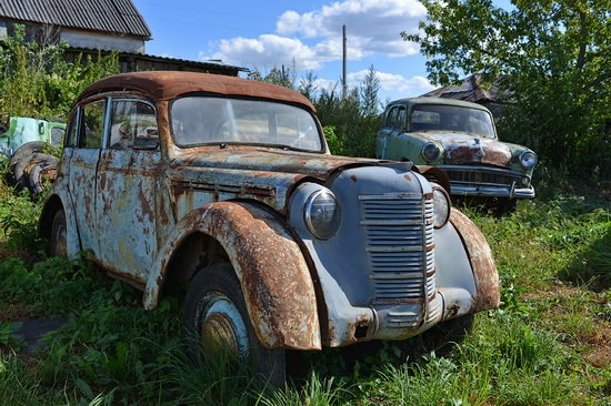 Open-air museum of Soviet cars in Chernousovo, Russia, photo 16