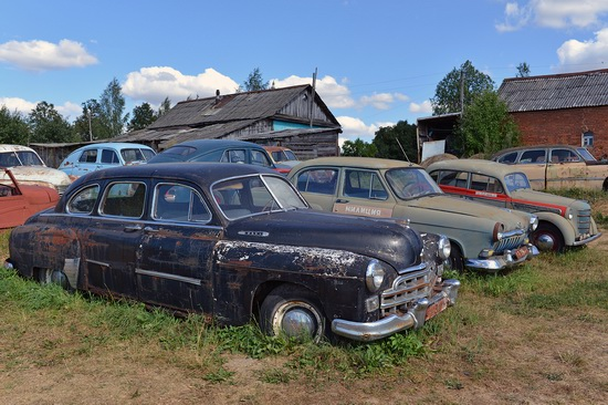Open-air museum of Soviet cars in Chernousovo, Russia, photo 18