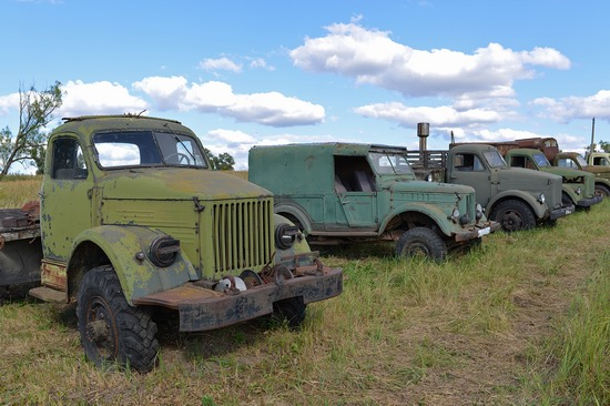 Open-air museum of Soviet cars in Chernousovo, Russia, photo 21