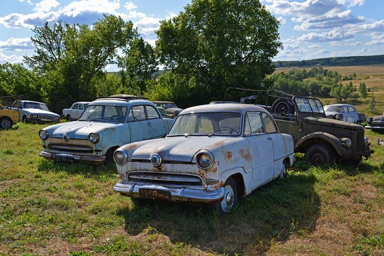 Open-air museum of Soviet cars in Chernousovo, Russia, photo 7