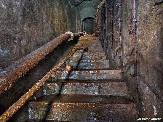 Abandoned coastal battery, Kola Peninsula, Russia, photo 14