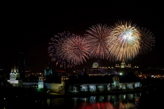 Fireworks on Victory Day in Moscow, Russia, photo 6