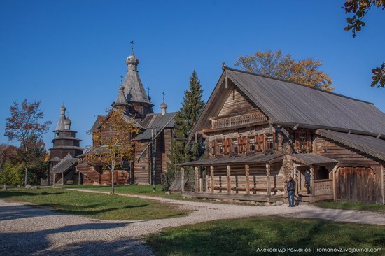 Vitoslavlitsy folk architecture museum, Russia, photo 1