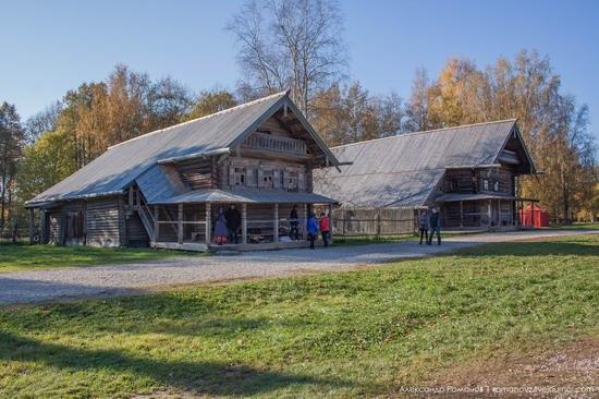 Vitoslavlitsy folk architecture museum, Russia, photo 12