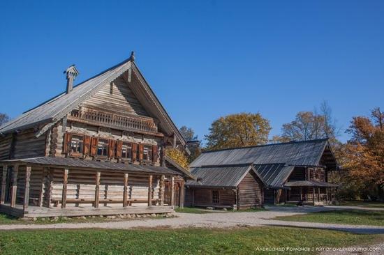 Vitoslavlitsy folk architecture museum, Russia, photo 7
