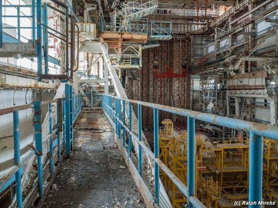 Abandoned spaceships Energy-Buran, Baikonur cosmodrome, photo 11
