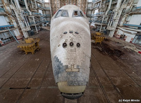 Abandoned spaceships Energy-Buran, Baikonur cosmodrome, photo 14
