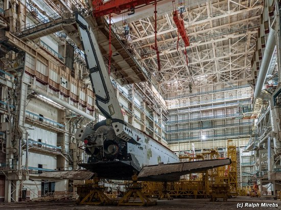 Abandoned spaceships Energy-Buran, Baikonur cosmodrome, photo 19