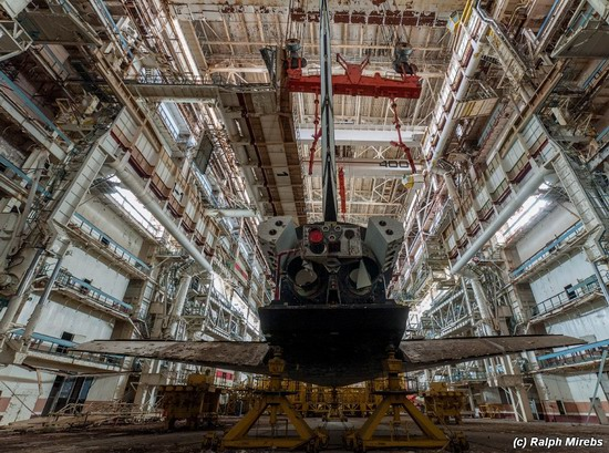 Abandoned spaceships Energy-Buran, Baikonur cosmodrome, photo 20