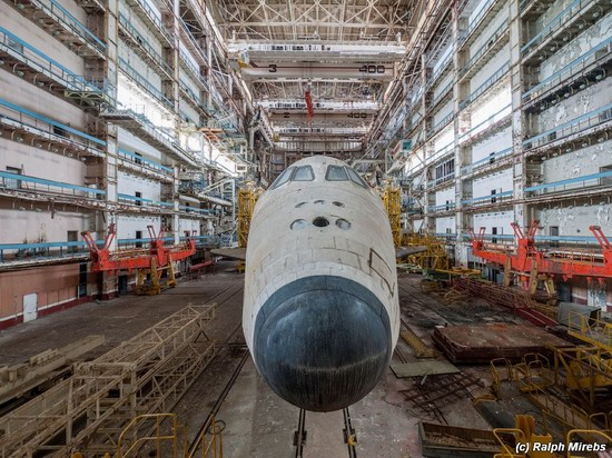 Abandoned spaceships Energy-Buran, Baikonur cosmodrome, photo 21