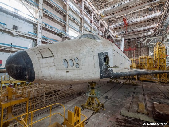 Abandoned spaceships Energy-Buran, Baikonur cosmodrome, photo 22