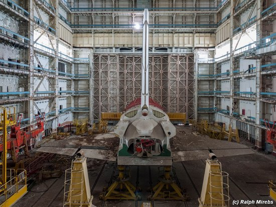 Abandoned spaceships Energy-Buran, Baikonur cosmodrome, photo 25