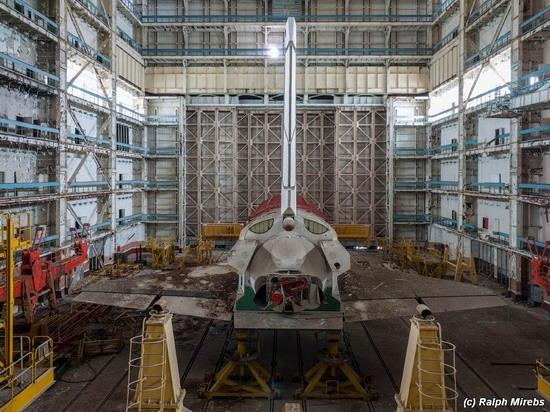 Abandoned spaceships Energy-Buran, Baikonur cosmodrome, photo 25