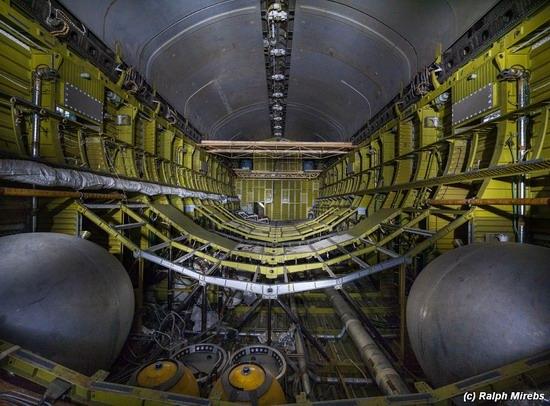 Abandoned spaceships Energy-Buran, Baikonur cosmodrome, photo 27