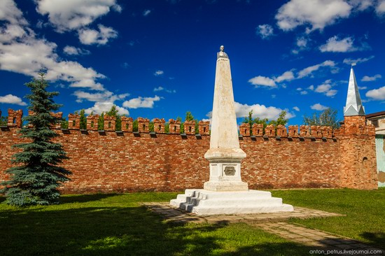Bizarre Lenin monument, Yelabuga, Tatarstan, Russia, photo 2