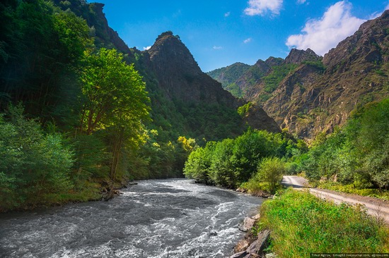 Mountainous Chechnya sights, Russia, photo 9