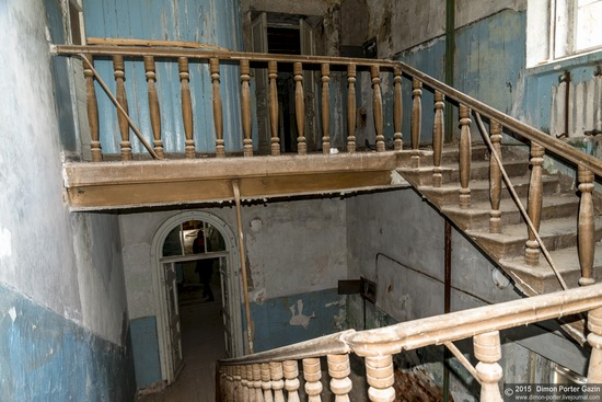 Abandoned manor of the architect Khrenov in Zaklyuchye, Tver region, Russia, photo 11