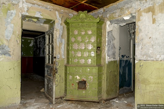 Abandoned manor of the architect Khrenov in Zaklyuchye, Tver region, Russia, photo 15