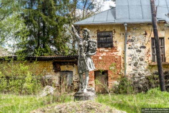 Abandoned manor of the architect Khrenov in Zaklyuchye, Tver region, Russia, photo 17
