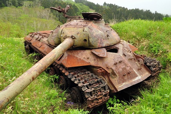 Abandoned tanks, Shikotan Island, Sakhalin region, Russia, photo 11