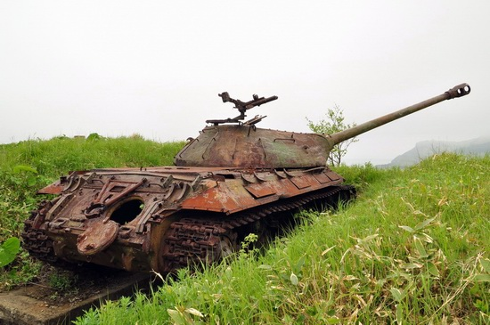 Abandoned tanks, Shikotan Island, Sakhalin region, Russia, photo 12