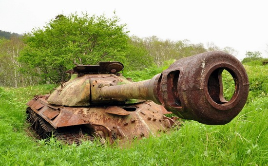 Abandoned tanks, Shikotan Island, Sakhalin region, Russia, photo 14