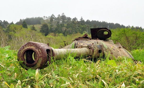 Abandoned tanks, Shikotan Island, Sakhalin region, Russia, photo 15