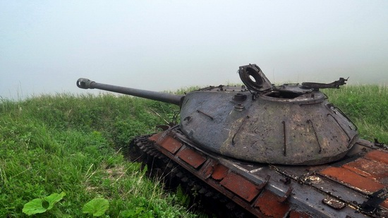 Abandoned tanks, Shikotan Island, Sakhalin region, Russia, photo 18
